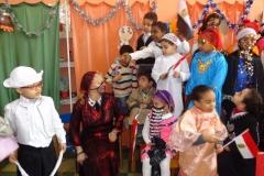 الاحتفال بتوزيع جوائز الاوائل في مسابقة الرسم بين اطفالنا بالحضانة و  اطفال الحضانة ببولندا في اطار التعاون المشترك بين البلدين