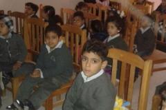 زيارة اطفال الحضانة للمركز الاستكشافي التعليمي بالباب الاخضر